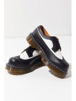 Stringate Dr martens Unisex 3989 brogue shoe bex Black white